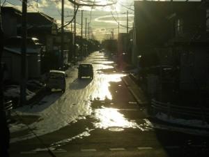 これが釧路の凍結路面。雪上ではなく、氷上走行です。