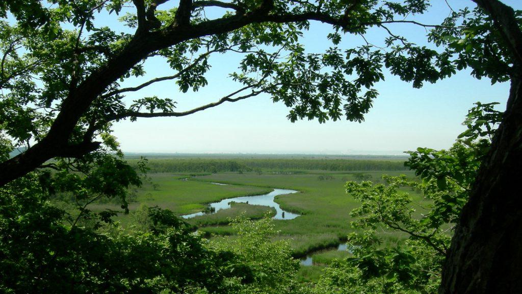 天然記念物「釧路湿原」のなかの原始の景観「キラコタン岬」